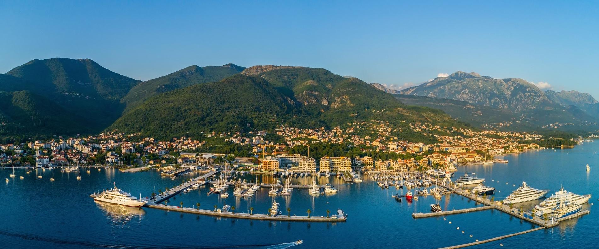 Куда сходить в Тивате: все возможности Порто Монтенегро, памятники, древние села, рестораны, пляжи
